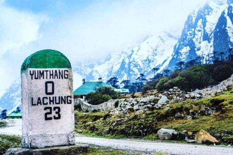 5 Days Yumthang Valley and Gangtok Tour