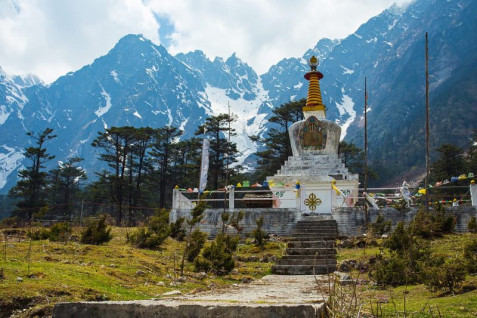 2 Days Yumthang Valley Tour